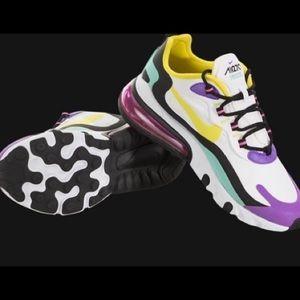 Nike Air Max 270 8.5
